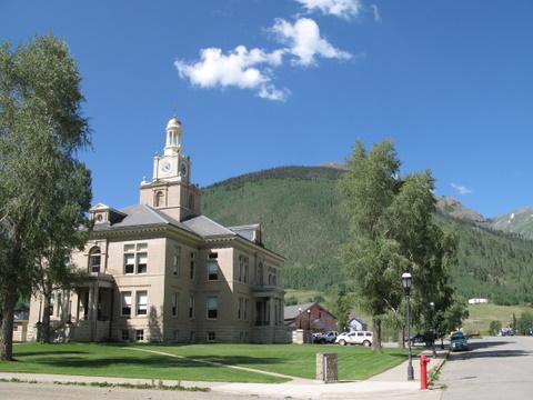 Шесть недель в Скалистых Горах Колорадо: Города
